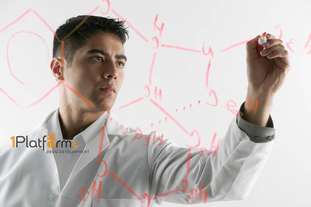Chemist1_whiteshirt_wlogo